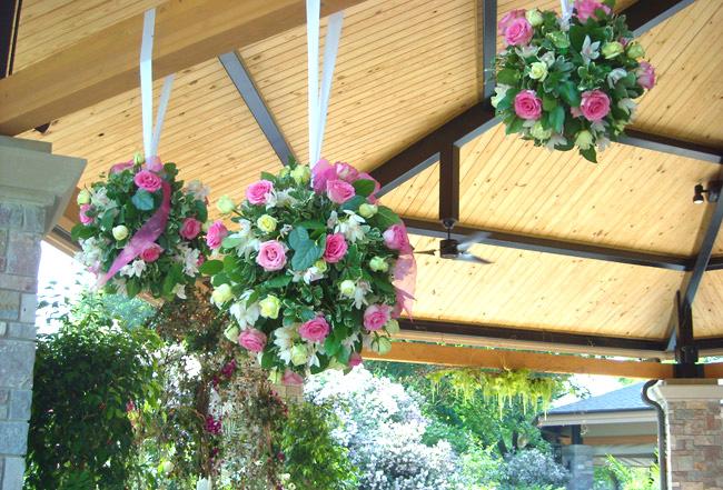 hanging floral arrangements - Picture Hanging Arrangements