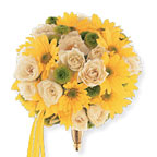 Round Yellow Cluster Bouquet